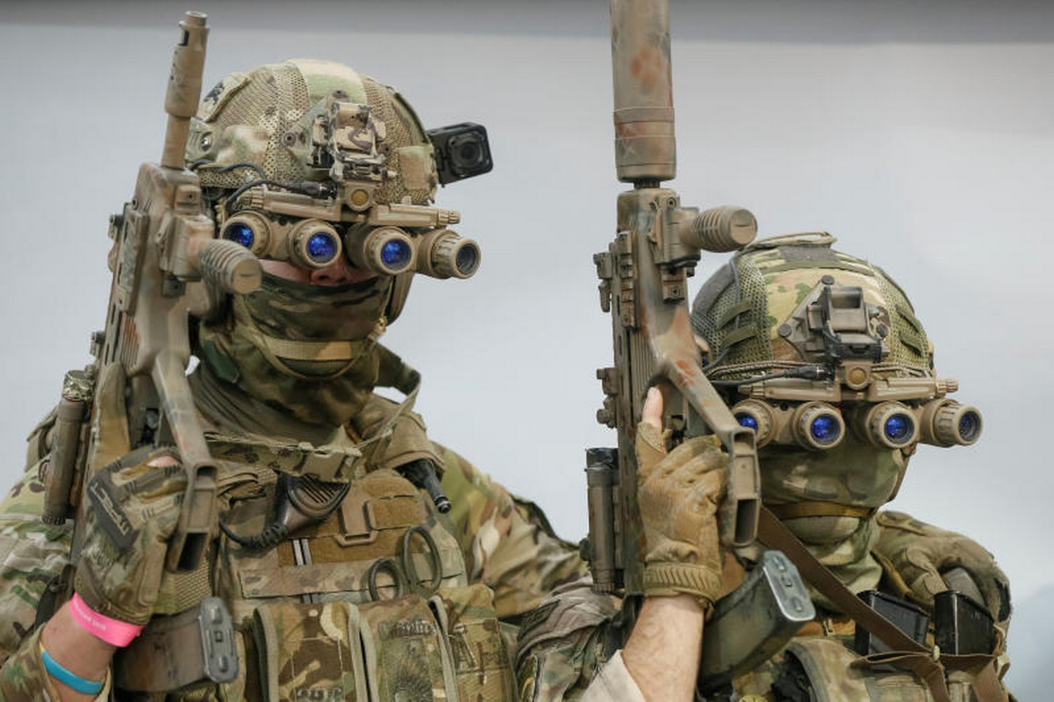 Servicemen of the Ukrainian special operation forces pose for a picture ahead of a cyber games tournament, part of a consumer electronics exhibition in Kiev, Ukraine, on Sept 28, 2019. (Photo: Reuters)
