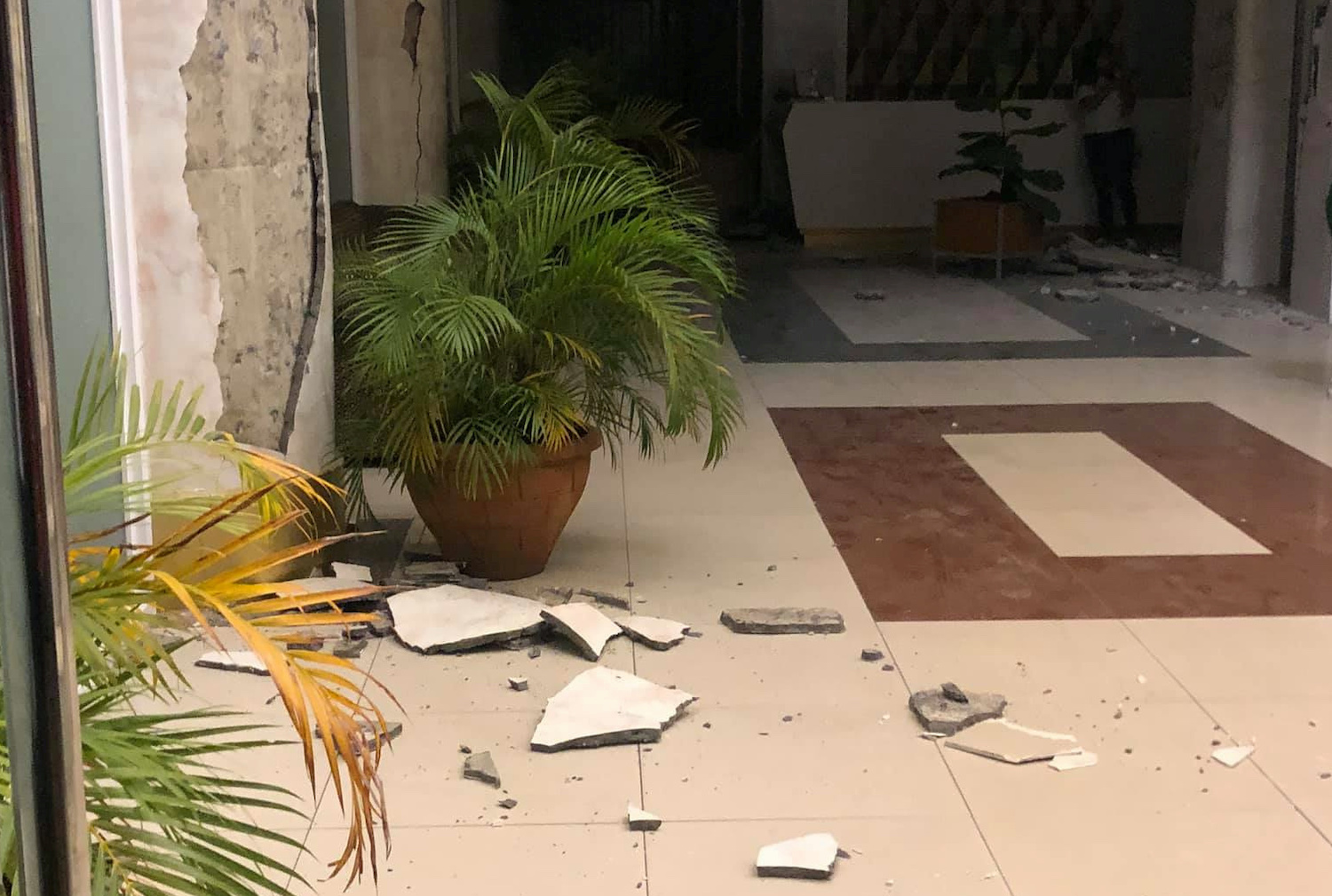 Strong quake in Philippines kills one, injures dozens Reuters