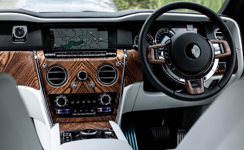 Rolls Royce Cullinan 2019 Review