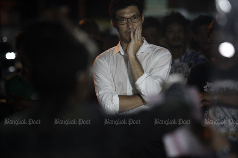 Future Forward Party leader Thanathorn Juangroongruangkit waits for the result of the by-election held in Nakhon Pathom province's Sam Phran district on Wednesday. (Photo by Wichan Charoenkiatpakul)