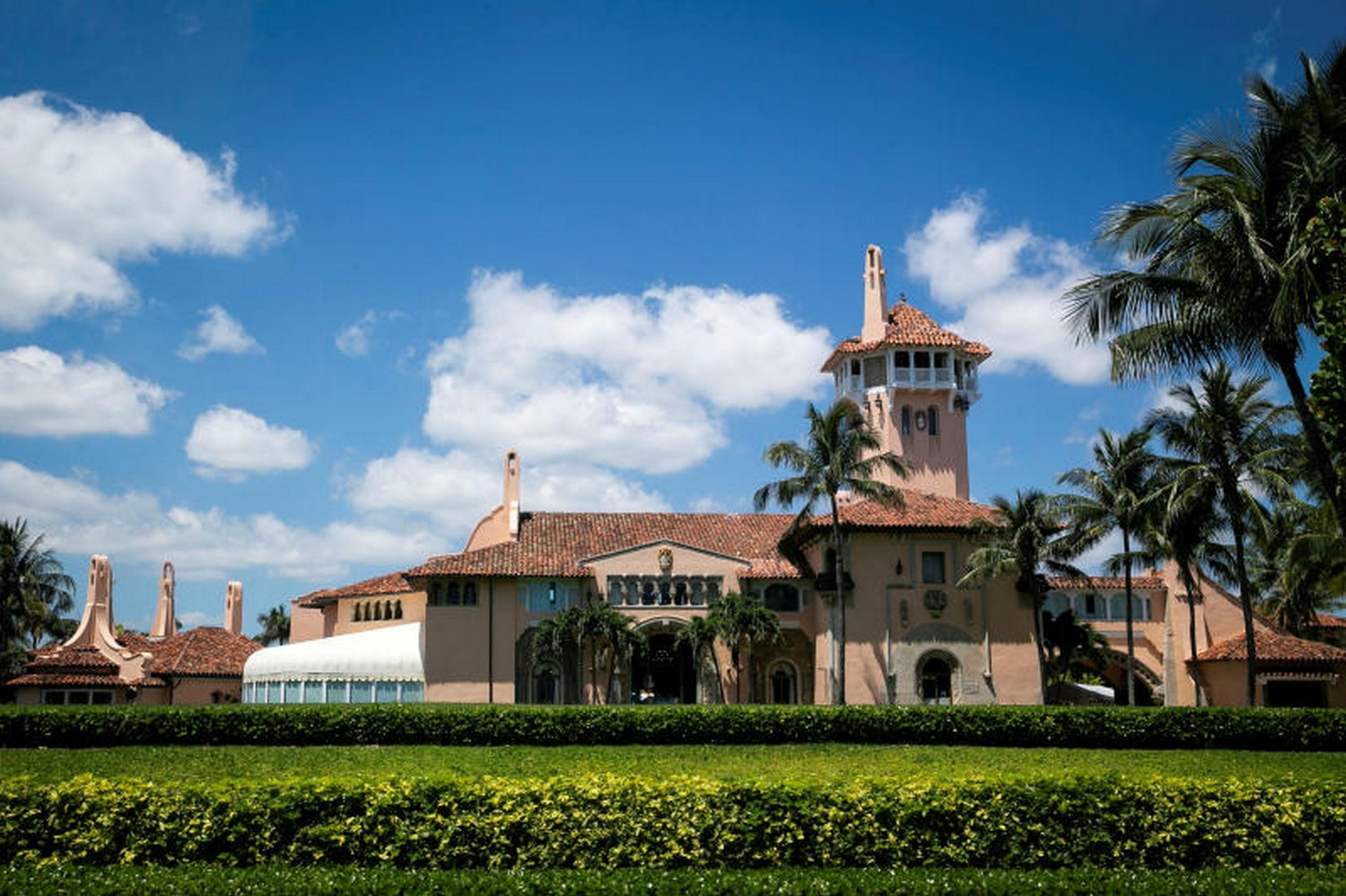 Trump Changes Primary Residence to Florida