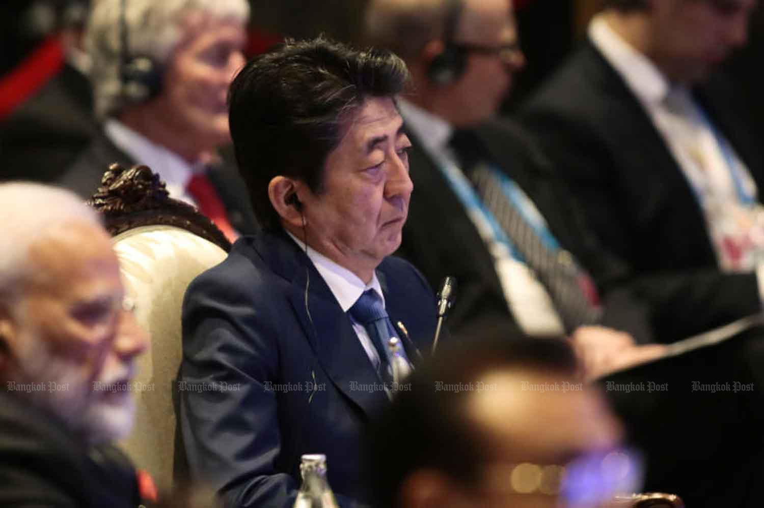 Japanese Prime Minister Shinzo Abe in the Asean Summit in Nonthaburi province on Monday. (Photo by Patipat Janthong)