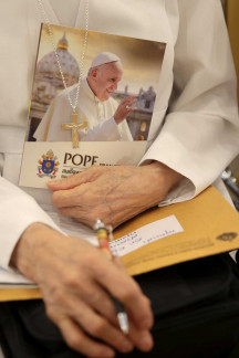 Pope visits Thailand