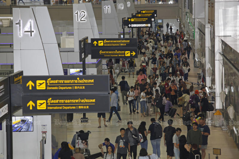 King Power and The Mall Group will compete to win the right to operate duty-free shops at Don Mueang airport. (Bangkok Post photo)
