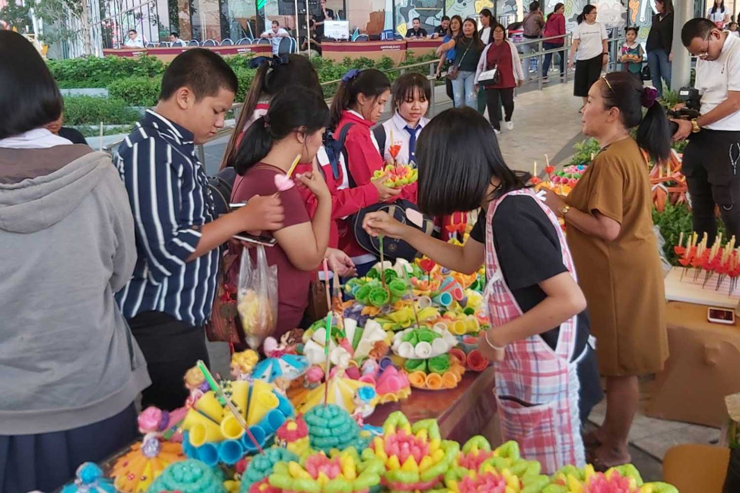 Krathong floats made by 15-year-old