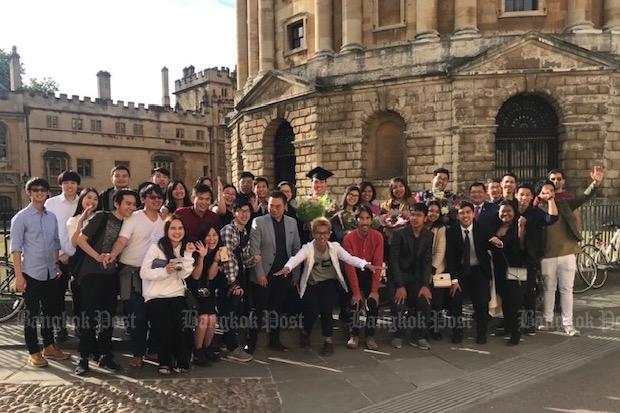 Oxford Thais