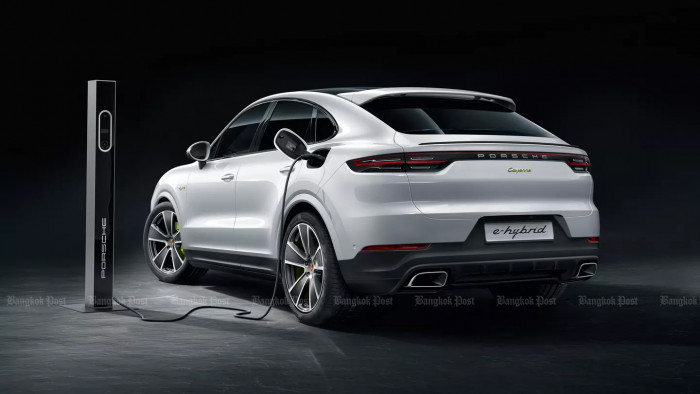 2020 Porsche Cayenne Coupe E-Hybrid: Thai pricing and specs