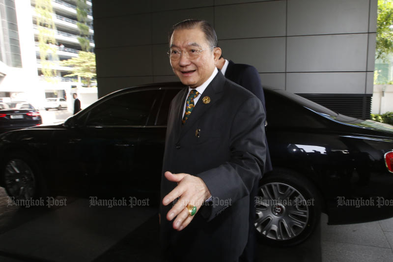 Thai Beverage Plc controlled by billionaire Charoen Sirivadhanabhakdi is considering an initial public offering in Singapore, sources told Bloomberg. (Bangkok Post file photo)