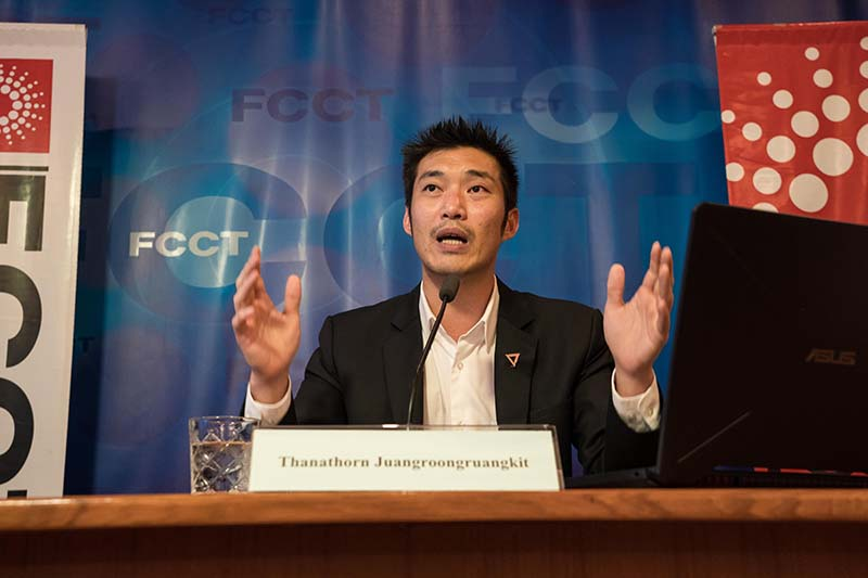 Future Forward leader Thanathorn Juangroongruangkit speaks at the Foreign Correspondents' Club of Thailand (FCCT) in Bangkok on Monday. (Photo by Jonathan Head/FCCT)