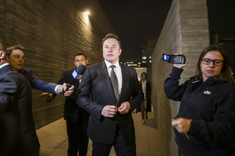 Tesla co-founder and CEO Elon Musk leaves Los Angeles federal court on December 3, 2019. (AFP photo)