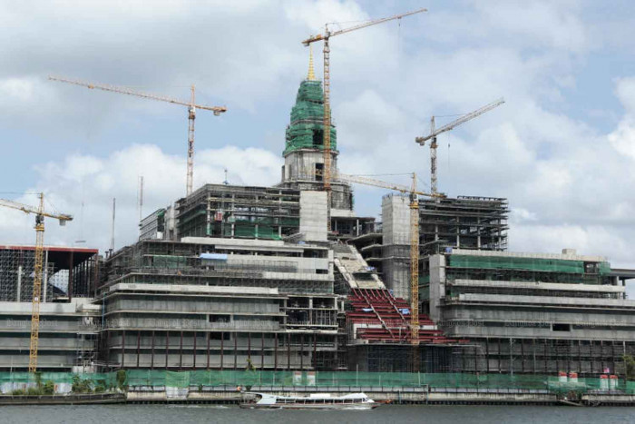 New parliament construction deadline extended, again
