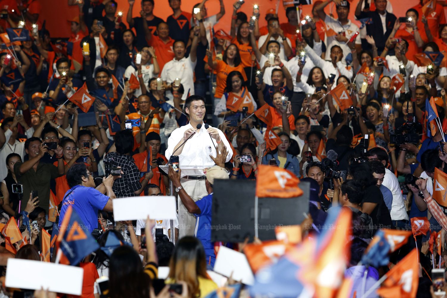 Future Forward Party leader Thanathorn Juangroongruangkit at the last campaign on March 22, two days ahead of the March 24 election. (Photo by Pattarapong Chatpattarasill)