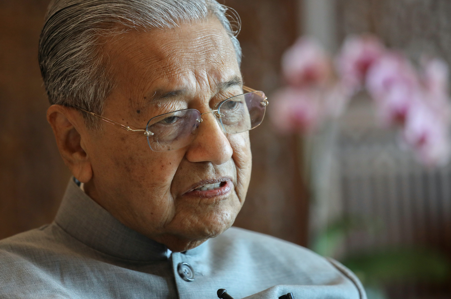 U.S. sanctions on Iran violate international law - Mahathir