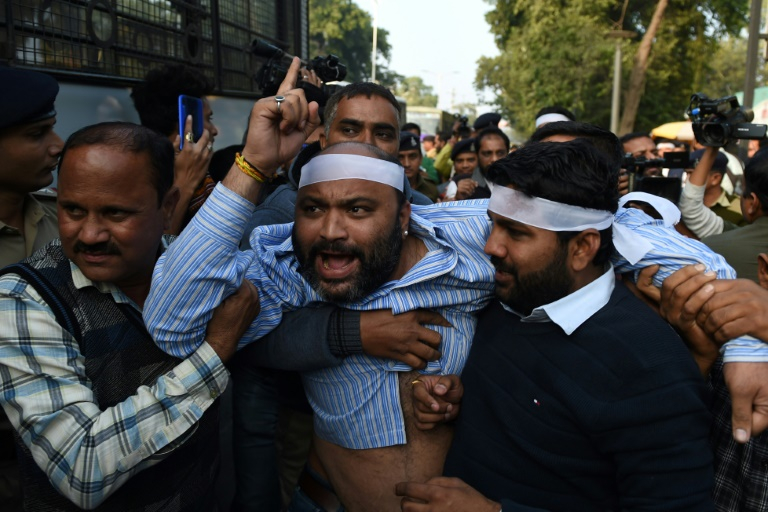Thousands renew protests in India against citizenship law