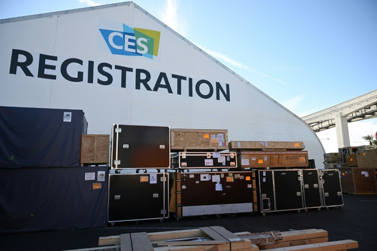 The road to 5G remains agonizingly slow at the massive Consumer Electronics Show opening this week in Las Vegas, where ultrafast products are expected to be few and far between.