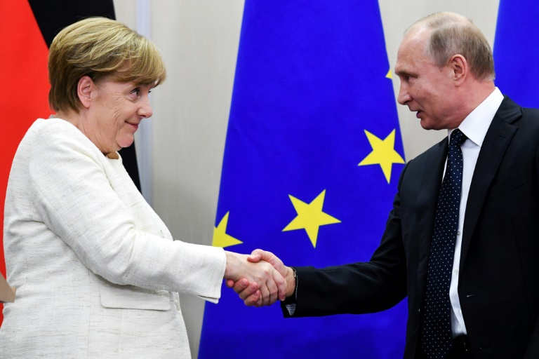 Merkel Putin Discuss Mideast Tensions