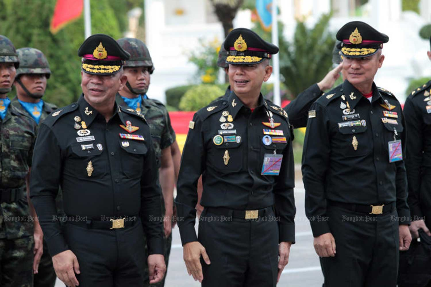 Army chief Gen Apirat Kongsompong (centre) and senior military officers mark the 110th anniversary of the 1st Army Region on Monday. Gen Apirat flew to Aceh in Sumatra on  Tuesday to sign a security cooperation agreement with Indonesia aimed at helping end the insurgency in the far South. (Photo by Chanat Kayanyu)