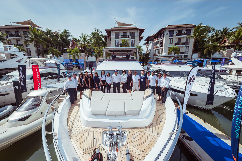 Boat Lagoon Yachting célèbre la première de la princesse Y85 au Thailand Yacht Show 2020