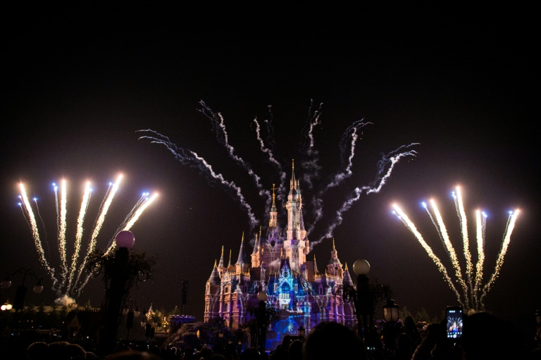Coronavirus fears close Shanghai Disney Resort