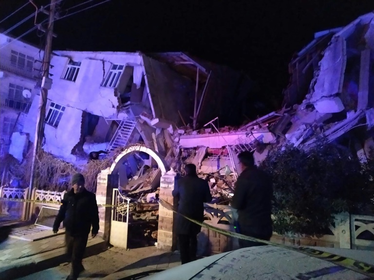 At least 21 dead, hundreds hurt as quake hits eastern Turkey