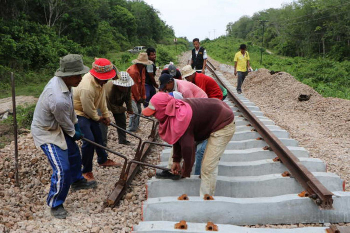 Rail Transport Department switching track to Thai-made sleepers