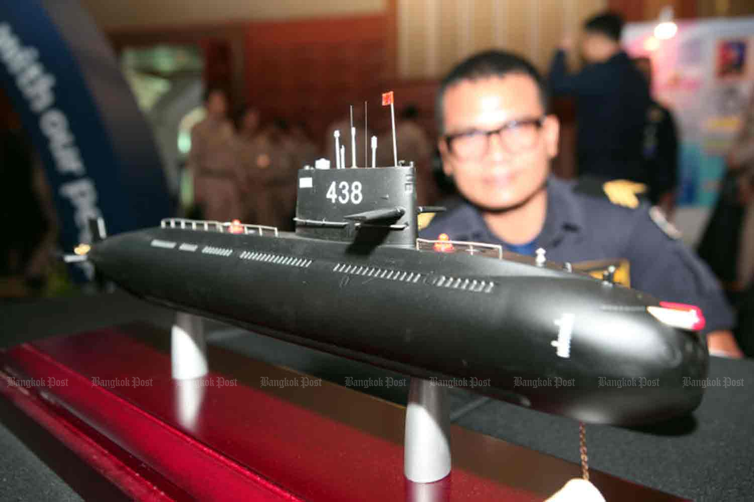 A model of the Yuan Class S26T submarine Thailand is buying from China, on display at the Royal Thai Navy auditorium.  (File photo)