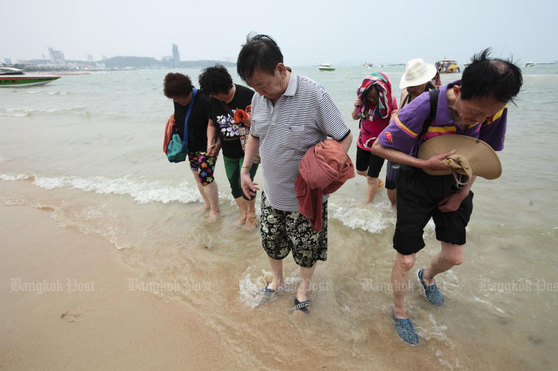 Pattaya is a popular destination for visitors from China but all overseas group tours have been banned because of the coronavirus outbreak. (Bangkok Post photo)