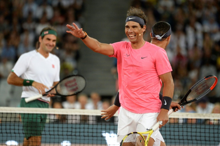 Federer Nadal Play To Record Crowd In Cape Town