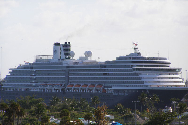 The Westerdam cruise ship docked at Port Everglades in Florida in April 2007. The vessel will not be allowed to debark passengers at the Laem Chabang port on Thursday. (Photo from Wikimedia Commons)