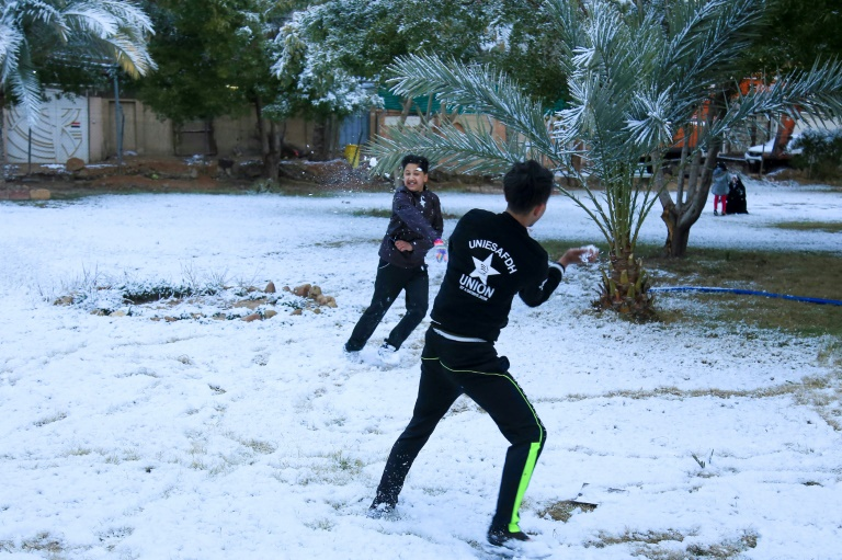 Baghdad Covered in Snow for The First Time in a Decade