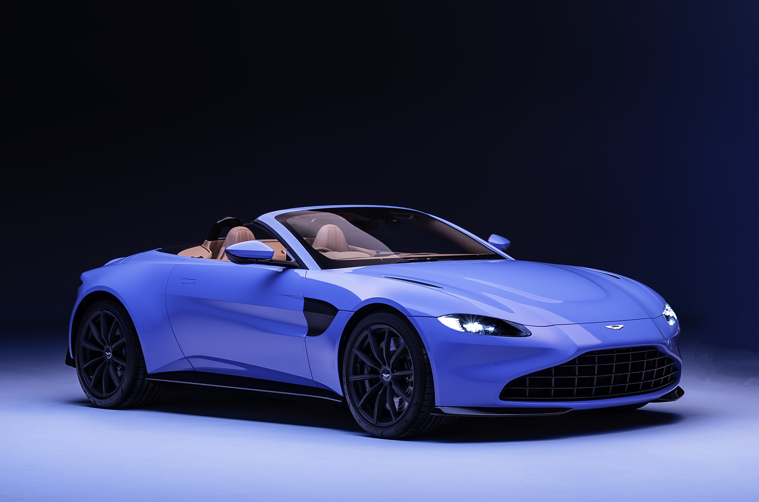 Aston Martin Reveals New Vantage Roadster For 2020
