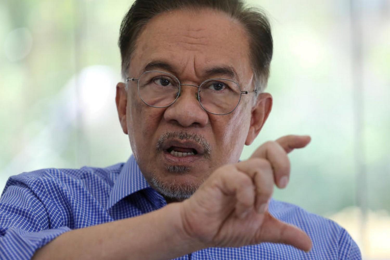 Politician Anwar Ibrahim during an interview with Reuters in Petaling Jaya, Malaysia, Feb 6. (Photo: Reuters)