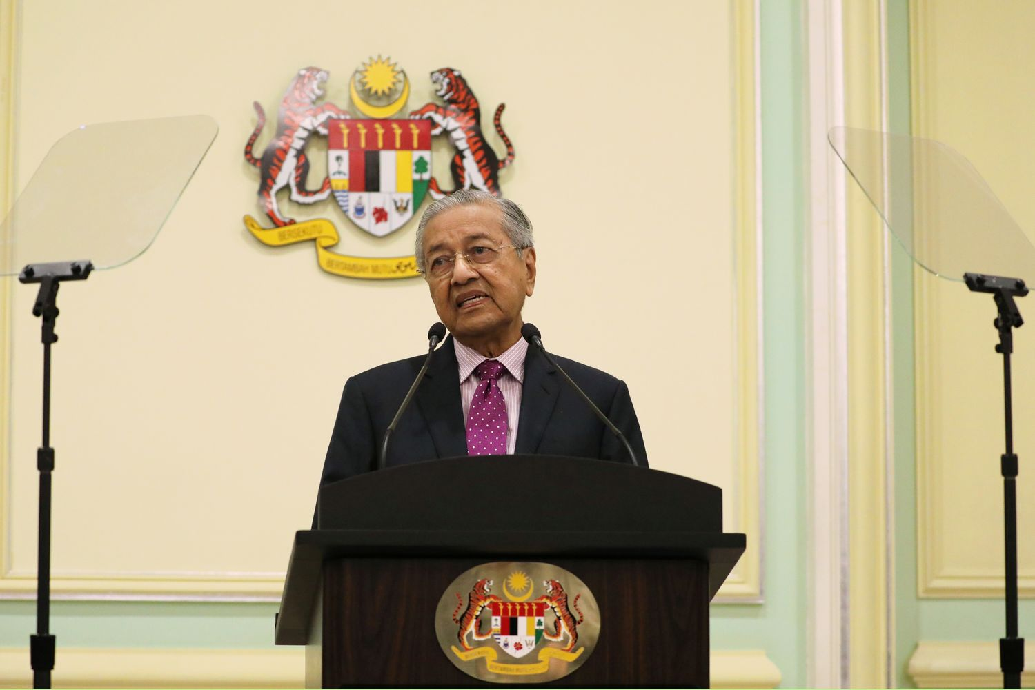 Malaysia's Interim Prime Minister Mahathir Mohamad speaks during a news conference in Putrajaya, Malaysia, on Thursday. (Reuters photo)