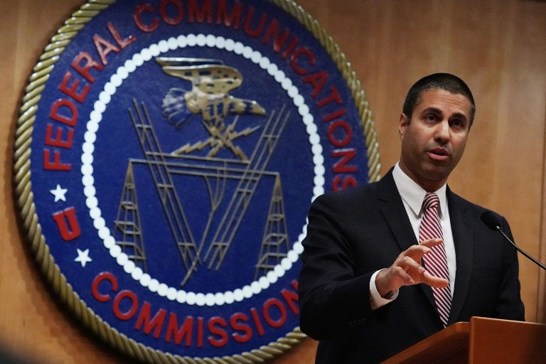 FCC to propose $200 million fines for U.S