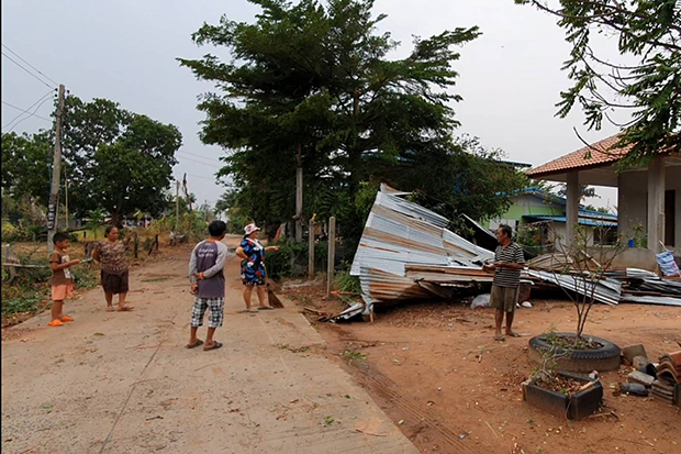 Houses in Khong district of Nakhon Ratchasima were damaged by a storm on Saturday night. (Photo by Prasit Tangprasert)