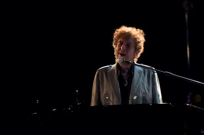 Bob Dylan baffles the world again