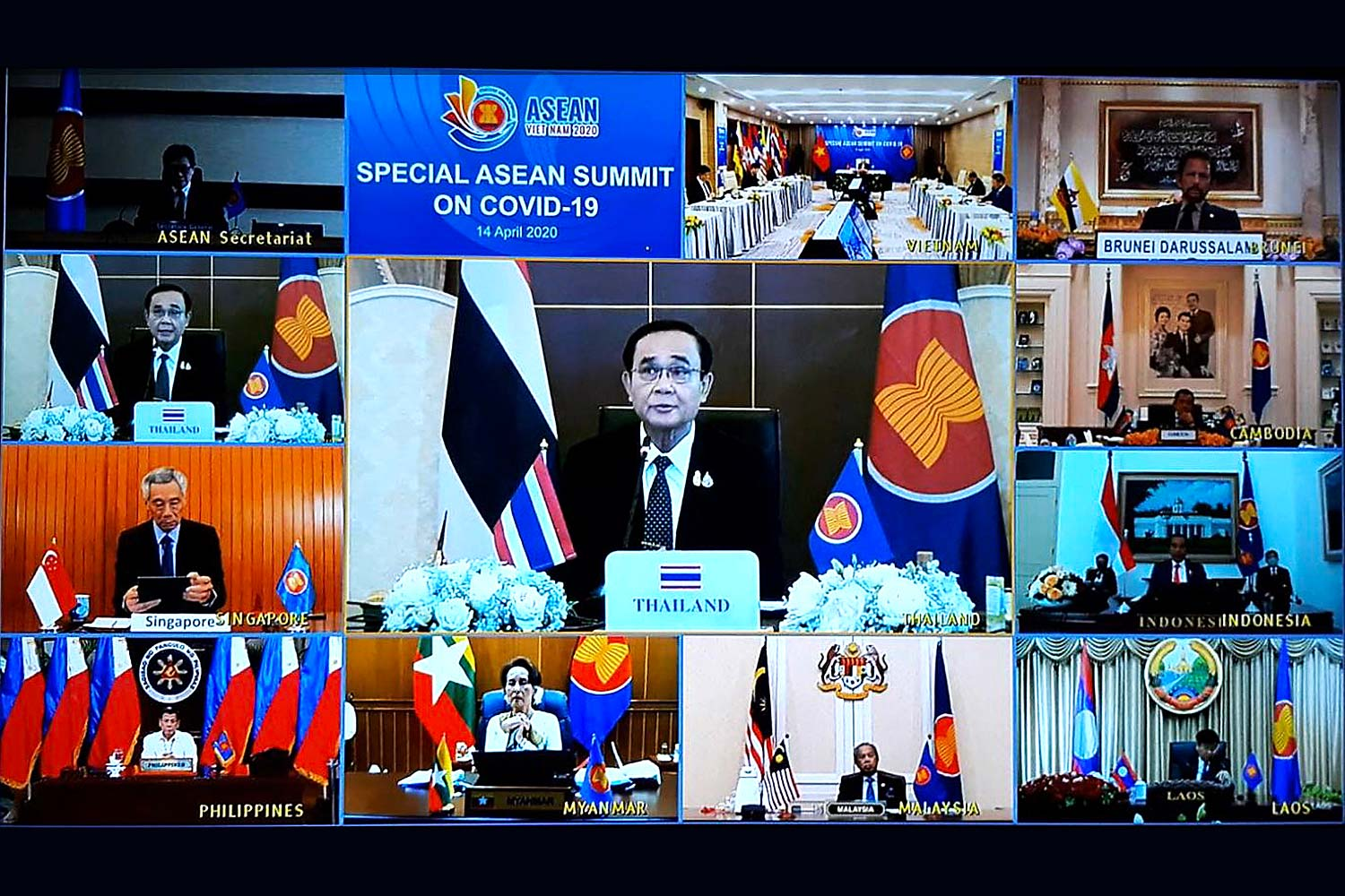 Prime Minister Prayut Chan-o-cha and other Asean leaders appear in a video conference on Tuesday on Covid-19 hosted by Vietnam.(Government House photo)