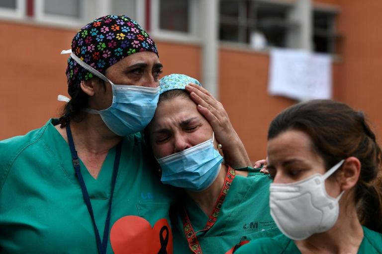 Struggle, fear and heartbreak for medical staff on virus frontline