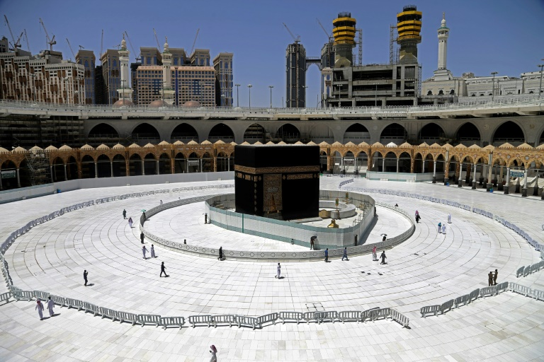 Ramadan is considered an auspicious period to travel to Mecca to perform the year-round umrah pilgrimage, which Saudi authorities suspended last month due to the COVID-19 pandemic, leaving the usually packed area around the sacred Kaaba empty