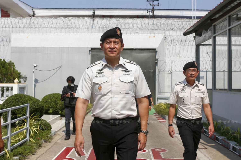 Corrections Department director-general Narat Svetanan (centre).