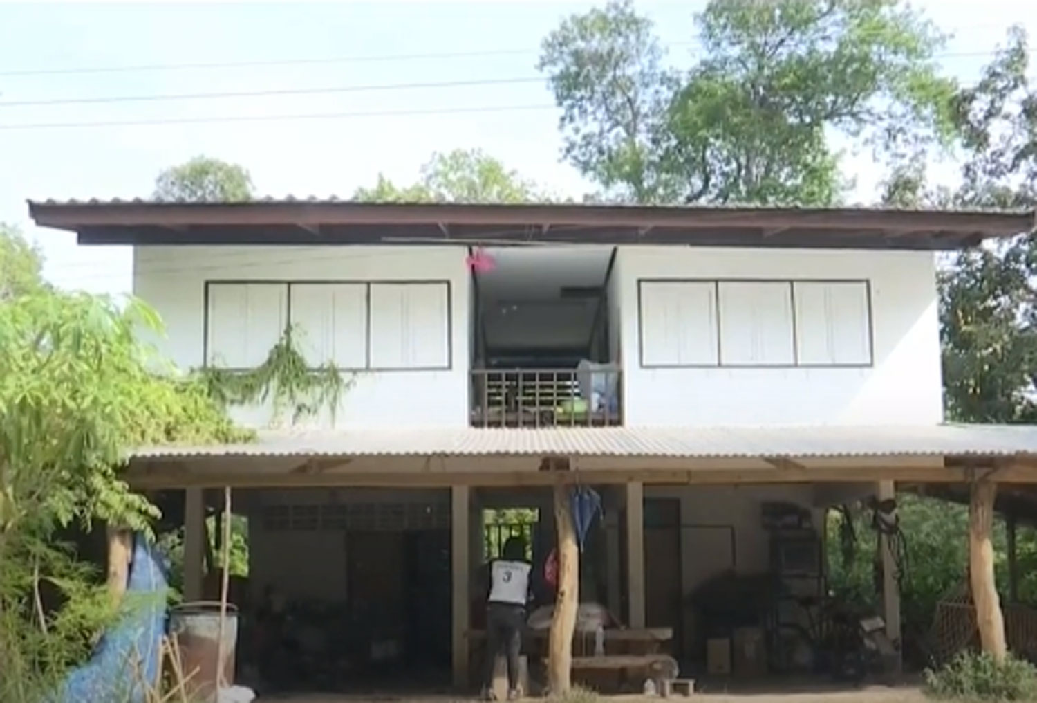The teachers' living quarters at the school in Mukdahan is one of the locations where the sexual assaults allegedly took place. (Image captured from TV Channel 3).