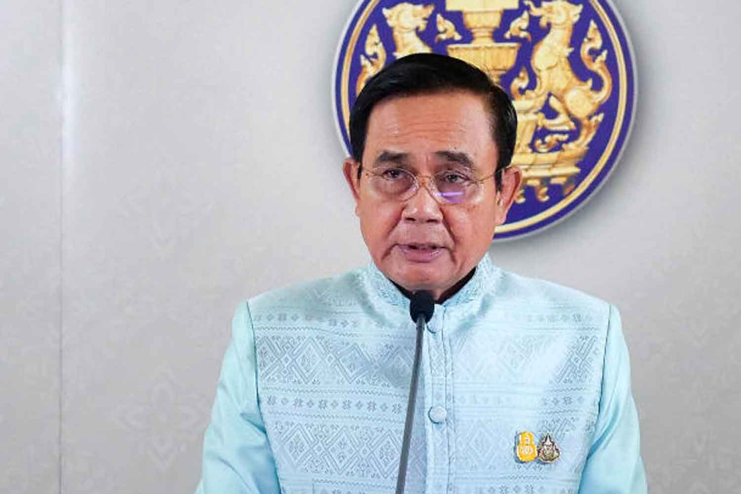 Prime Minister Prayut Chan-o-cha announces the cabinet's decision that Thai Airways International will file for bankruptcy, at Government House in Bangkok on Tuesday. (Government House photo)