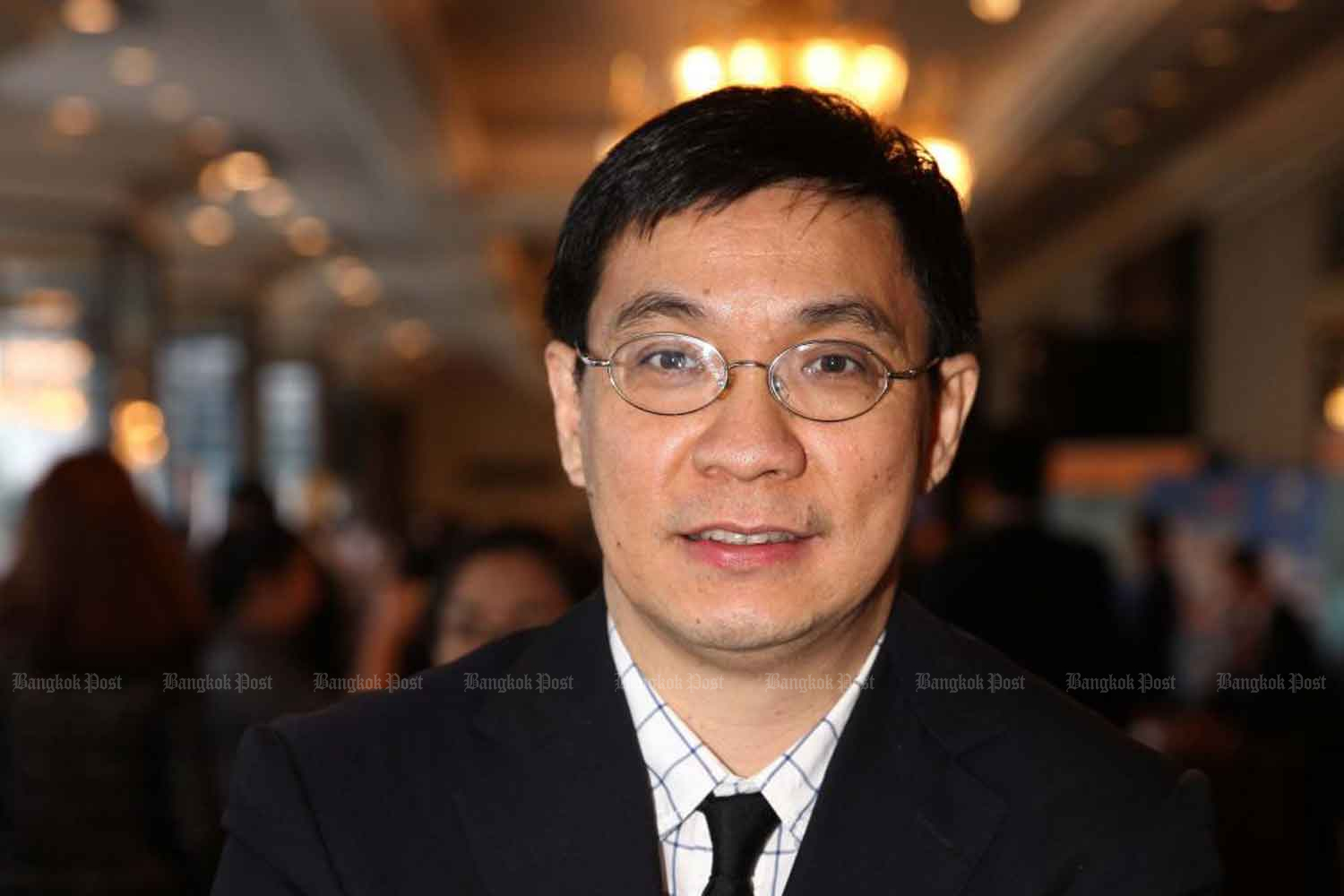 Somkiat Tangkitvanich, TDRI's president, says the economic crisis triggered by the coronavirus outbreak is expected to be bigger than the 2008 global financial crisis. Phrakrit Juntawong