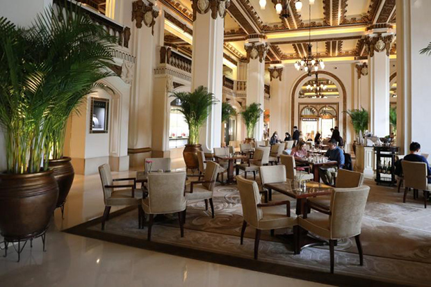The lobby of The Peninsula hotel in Tsim Sha Tsui in Hong Kong. (South China Morning Post photo)