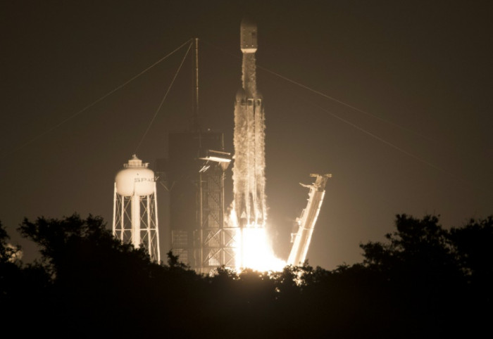Rocketman (and woman): Elon and Gwynne, the pair who made SpaceX - Bangkok Post