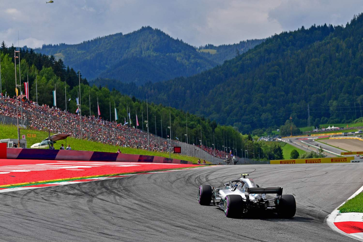 Mercedes driver Valtteri Bottas steers his car during a qualifying session for the Austrian Grand Prix in Spielberg in 2018. (AFP File Photo)