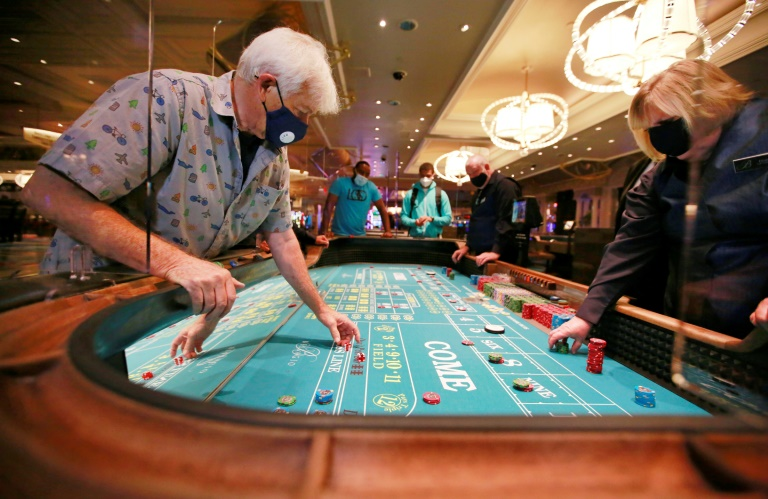 Las Vegas casinos reopen after months of virus lockdown