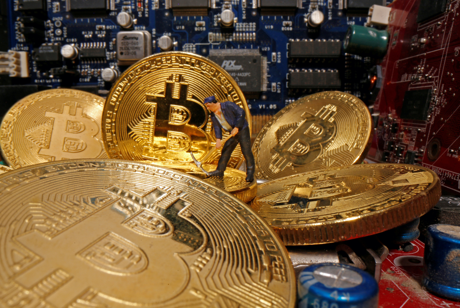 Bitcoin surge fails to materialise