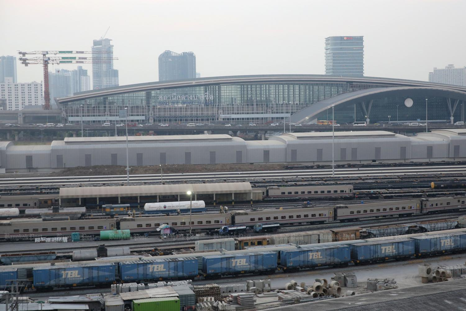 Bangkok rail hub nears completion
