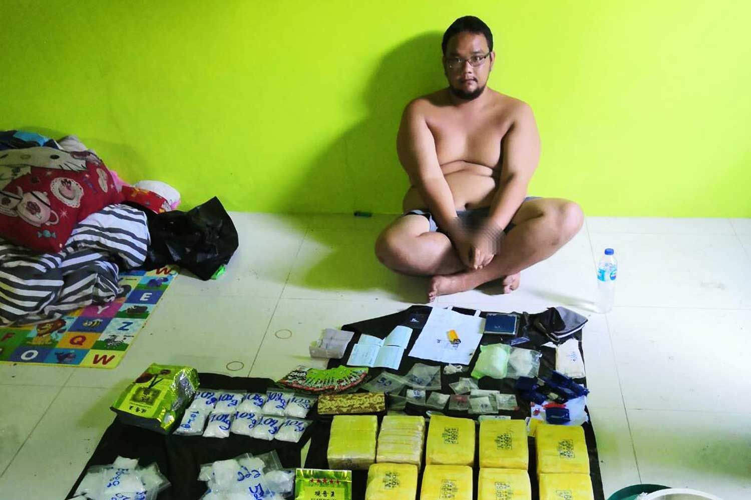 Suspect Krittamet Ngiabsa-ngad, 28, arrested making deliveries of drugs sold by a 
